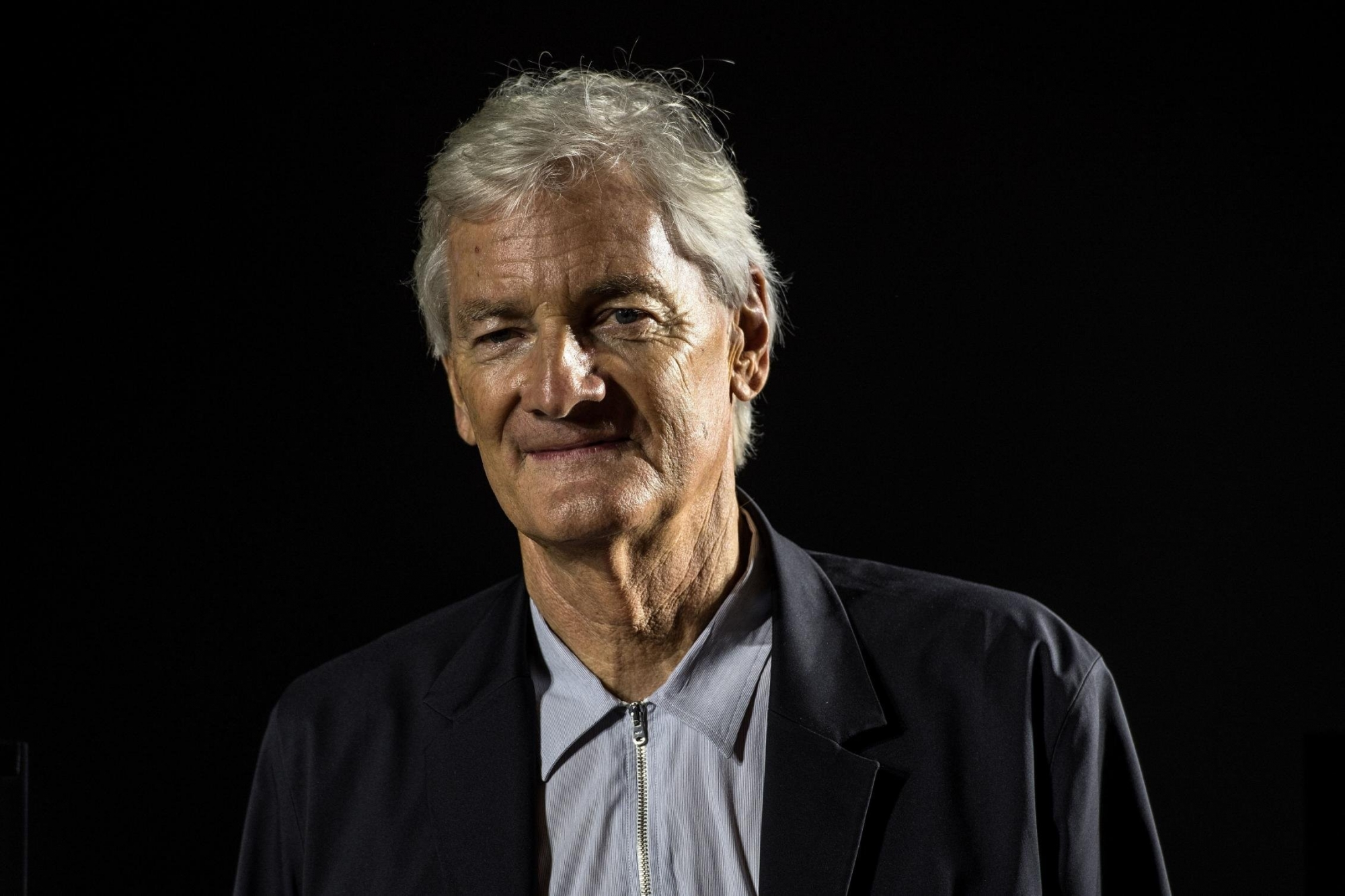 Dyson abandons plans to build electric cars