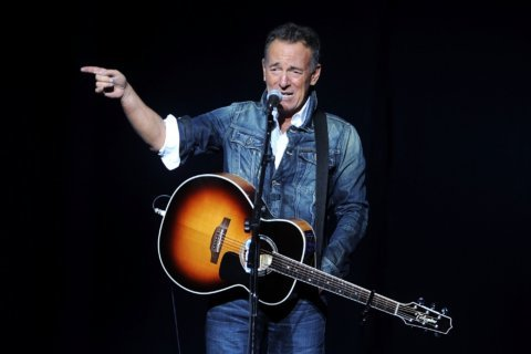 Jersey's Springsteen readies a Western-style album