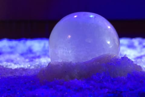 WATCH: Bubble crystallizes in frigid DC temperatures