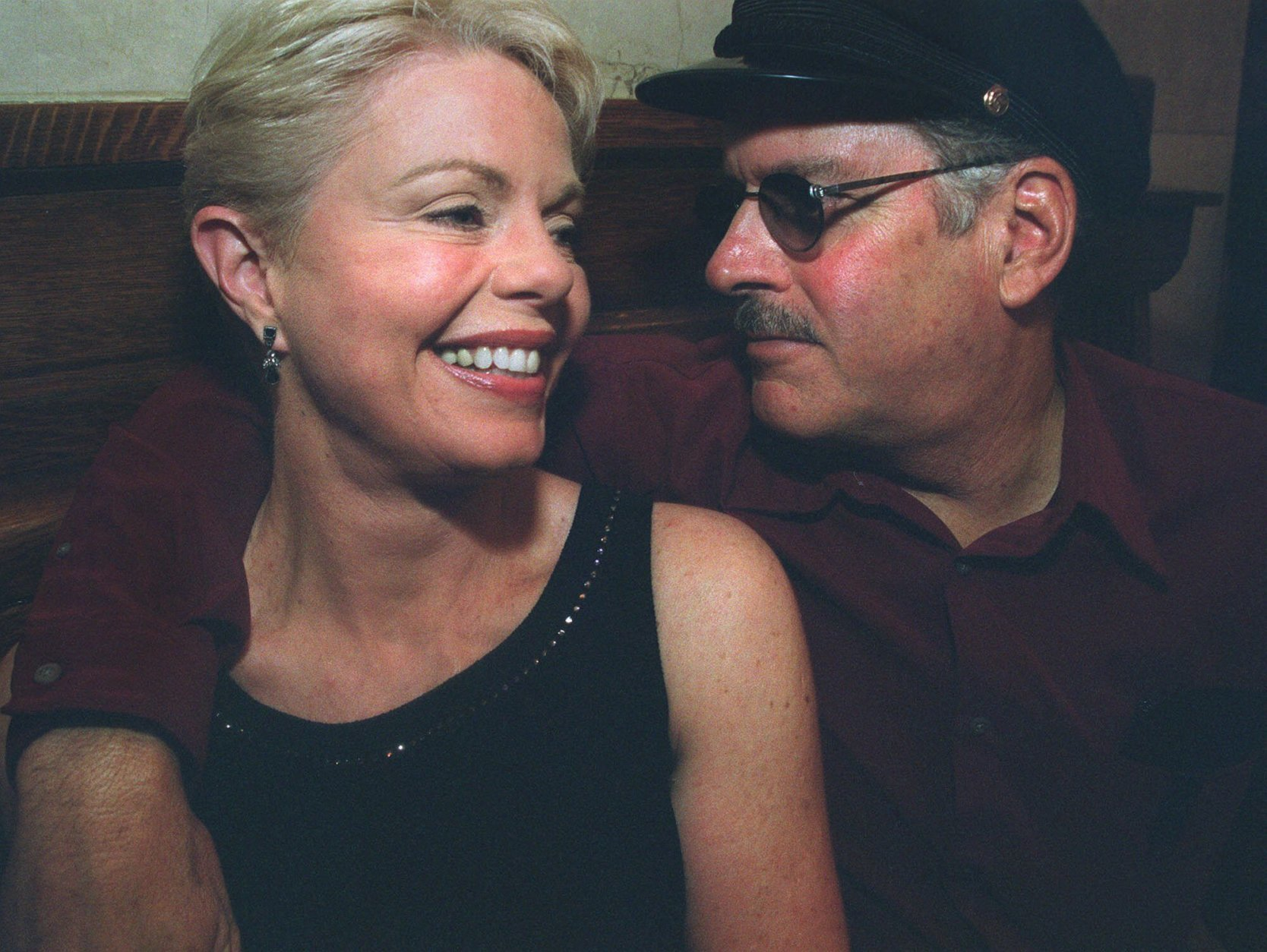 "FILE - In this Aug. 22, 2001 file photo, Toni Tennille and husband Daryl Dragon, of the singing duo the Captain & Tennille, appear in New York. Tennille has written a memoir, ""Toni Tennille,"" which details her relationship  with Dragon. (AP Photo/Tina Fineberg, File)"