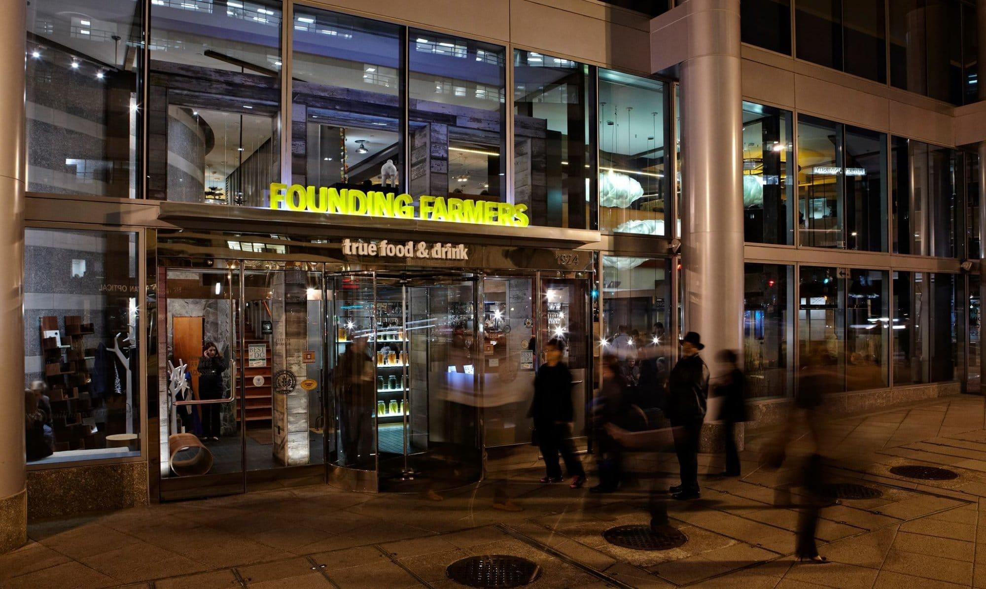 Shutdown hits restaurants: DC Restaurant Week extended