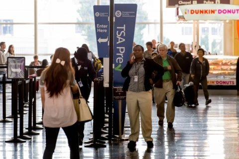 As shutdown continues and TSA agents call out sick, agency preps contingency plan