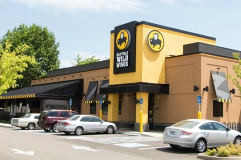 Buffalo Wild Wings to offer free wings if Super Bowl goes into overtime