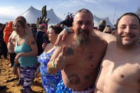 PHOTOS: Thousands plunge into Cheseapeake Bay for a good cause