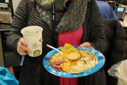 Now that her plate is full, traffic reporter Reada Kessler is ready to take on the day. (WTOP/Brandon Millman)