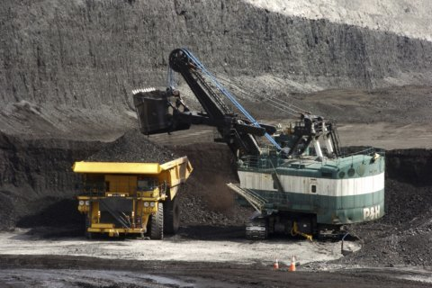 Judge: US must reconsider climate impacts of Montana mine
