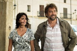 """This image released by Focus Features shows Penélope Cruz, left, and Javier Bardem in a scene from """"Everbody Knows."""" (Teresa Isasi/Focus Features via AP)"""