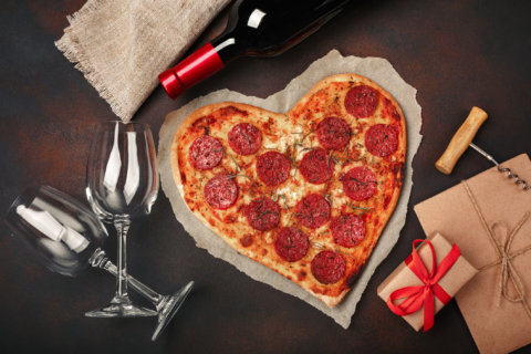 4 cheap Valentine's Day date and gift ideas