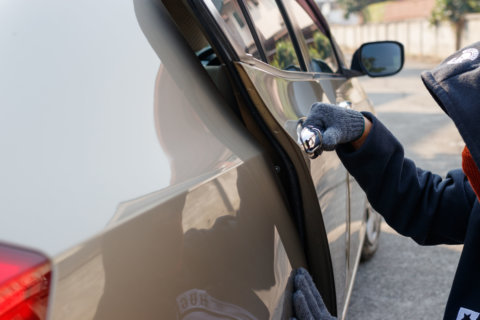 Take your keys, hide your wallets: Car break-ins increase in DC