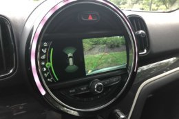 As is classic for MiNi, large circles dominate the design of the dash. (WTOP/Mike Parris)