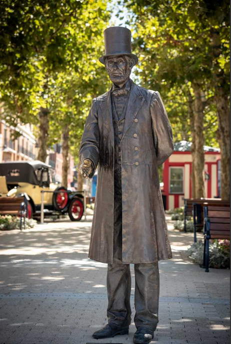 Also on display is Ivan Schwartz's statue of Abraham Lincoln. (Courtesy National Harbor)