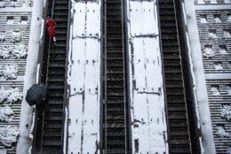 Escalators leading into the Dupont Circle Metro Station on Wednesday morning. (WTOP/Alejandro Alvarez)