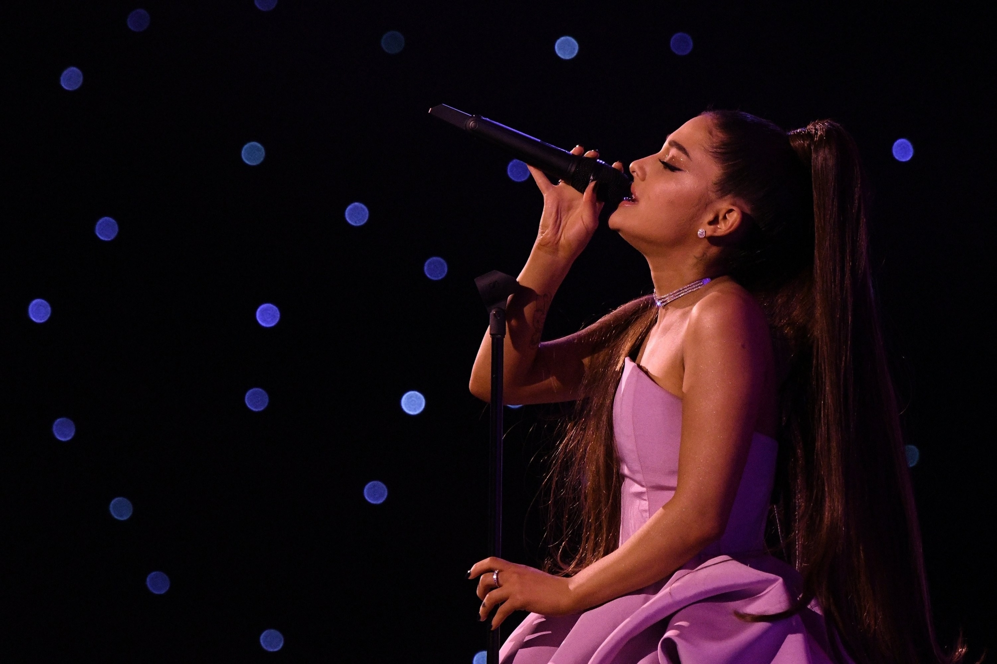 Ariana Grande ties Beatles and makes chart history