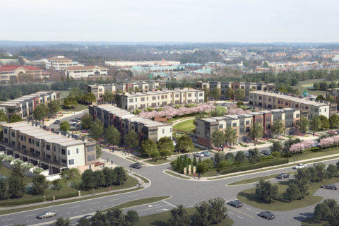 New town homes leasing at Dulles Town Center (with shuttles to Metro)