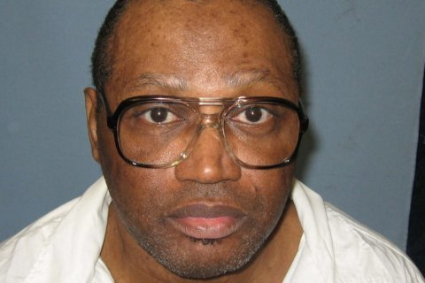 Supreme Court rules for Alabama death row inmate