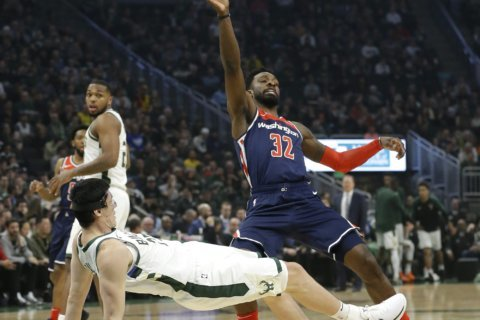 Wizards crushed by Bucks, 148-129, as Otto Porter is traded to Chicago