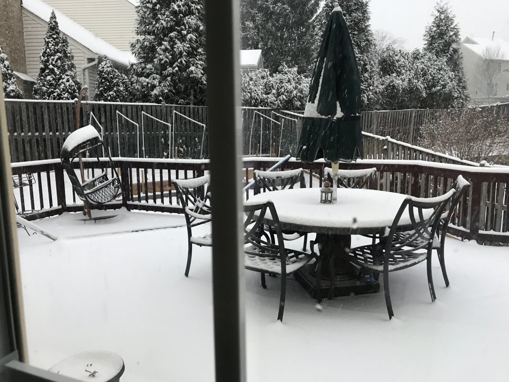 Snow piles up in the Clifton/Centreville area of Fairfax County, Virginia. (WTOP/Ana Srikanth)