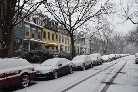 Now comes the ice: Snow gives way to wintry mix in DC area