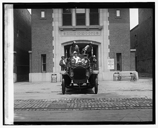 The firehouse seen in 1925. (Courtesy Library of Congress)