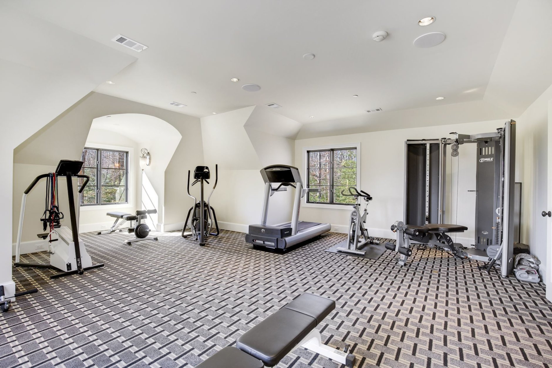 The gym room. (Courtesy Washington Fine Properties)