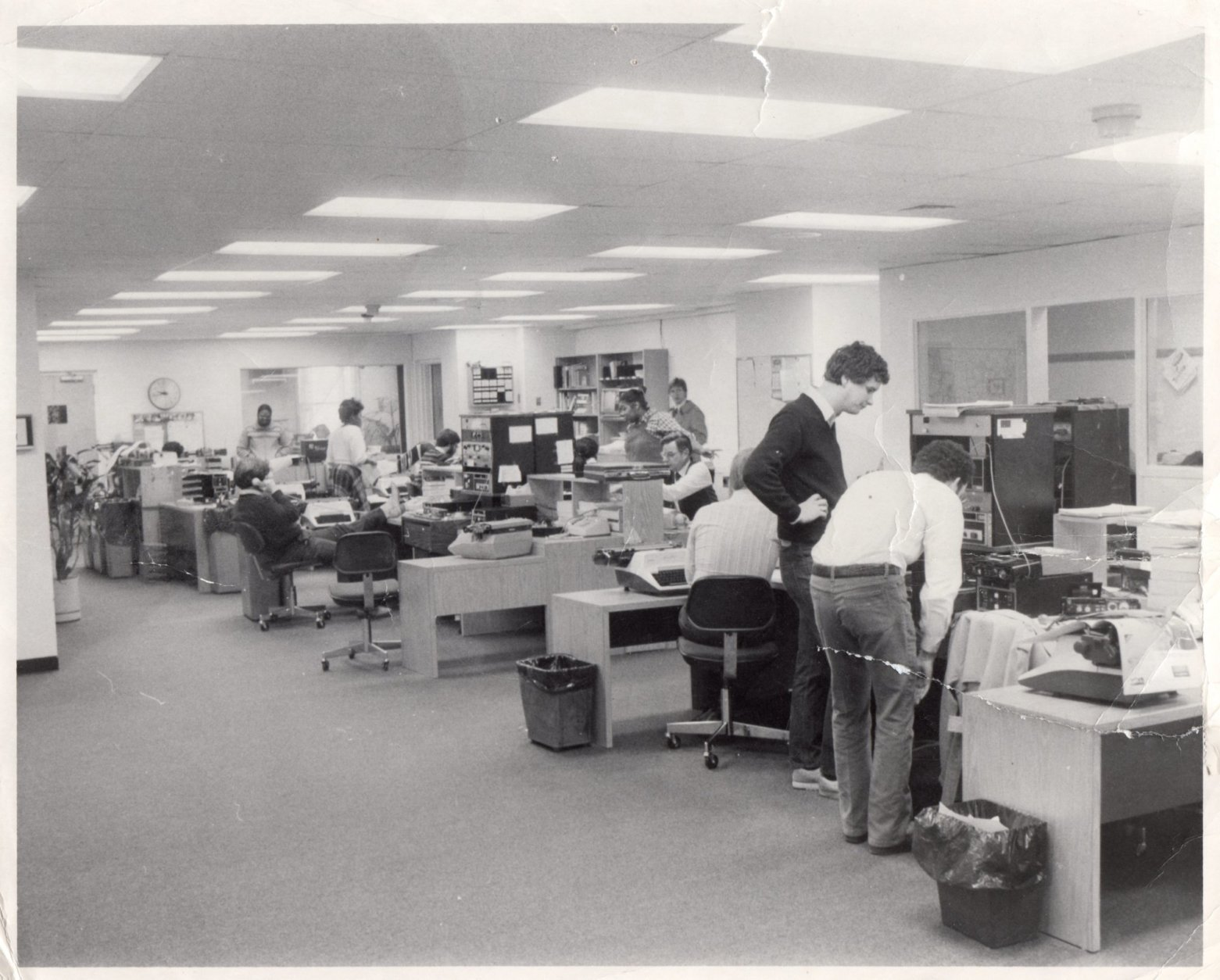 The old WTOP newsroom inside the Stuart building in Tenleytown. (Courtesy Dave Statter)