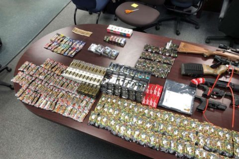 Fairfax police discover guns used in robberies, 450 THC vape pens in Herndon man's house