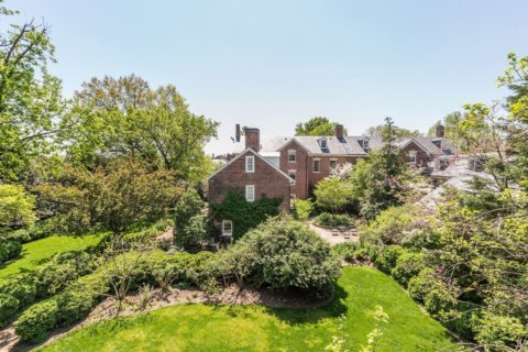 PHOTOS: Robert E. Lee's childhood home in Alexandria gets $2.3M price cut
