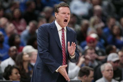 College hoops: Is Kansas' Big 12 title streak in jeopardy?