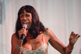 Ruth Pointer of the Pointer Sisters performs at the 3rd annual Alfred Mann Foundation Innovation and Inspiration Gala held Saturday, Sept. 9, 2006 in Beverly Hills, Calif. (AP Photo/Phil McCarten)