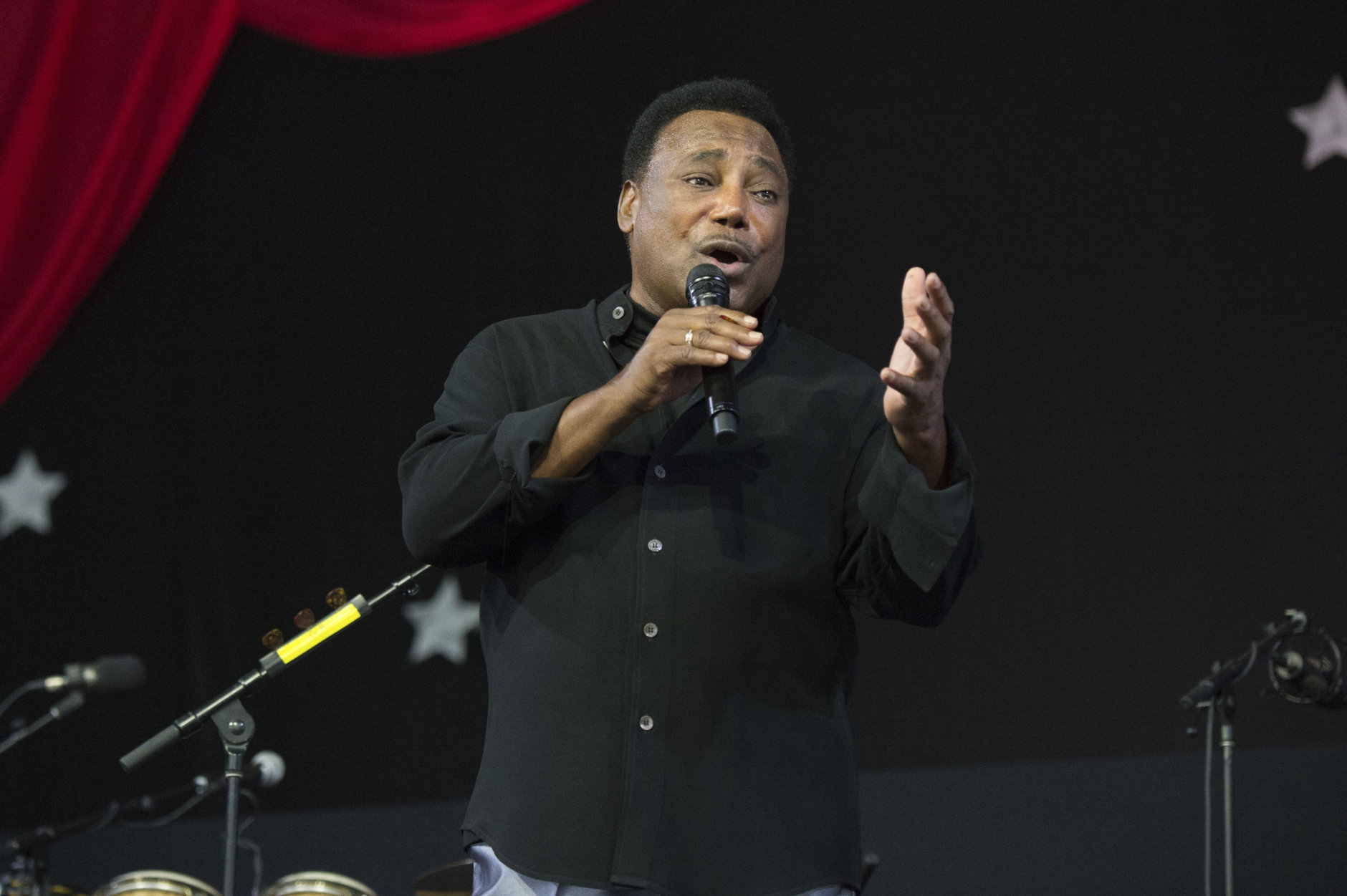 George Benson performs at the New Orleans Jazz and Heritage Festival on Sunday, April 29, 2018, in New Orleans. (Photo by Amy Harris/Invision/AP)