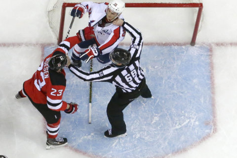 Capitals deliver with a 4-1 win over the Devils