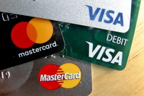 Debt-burdened millennials prefer sign-up bonuses, travel credits when credit card shopping