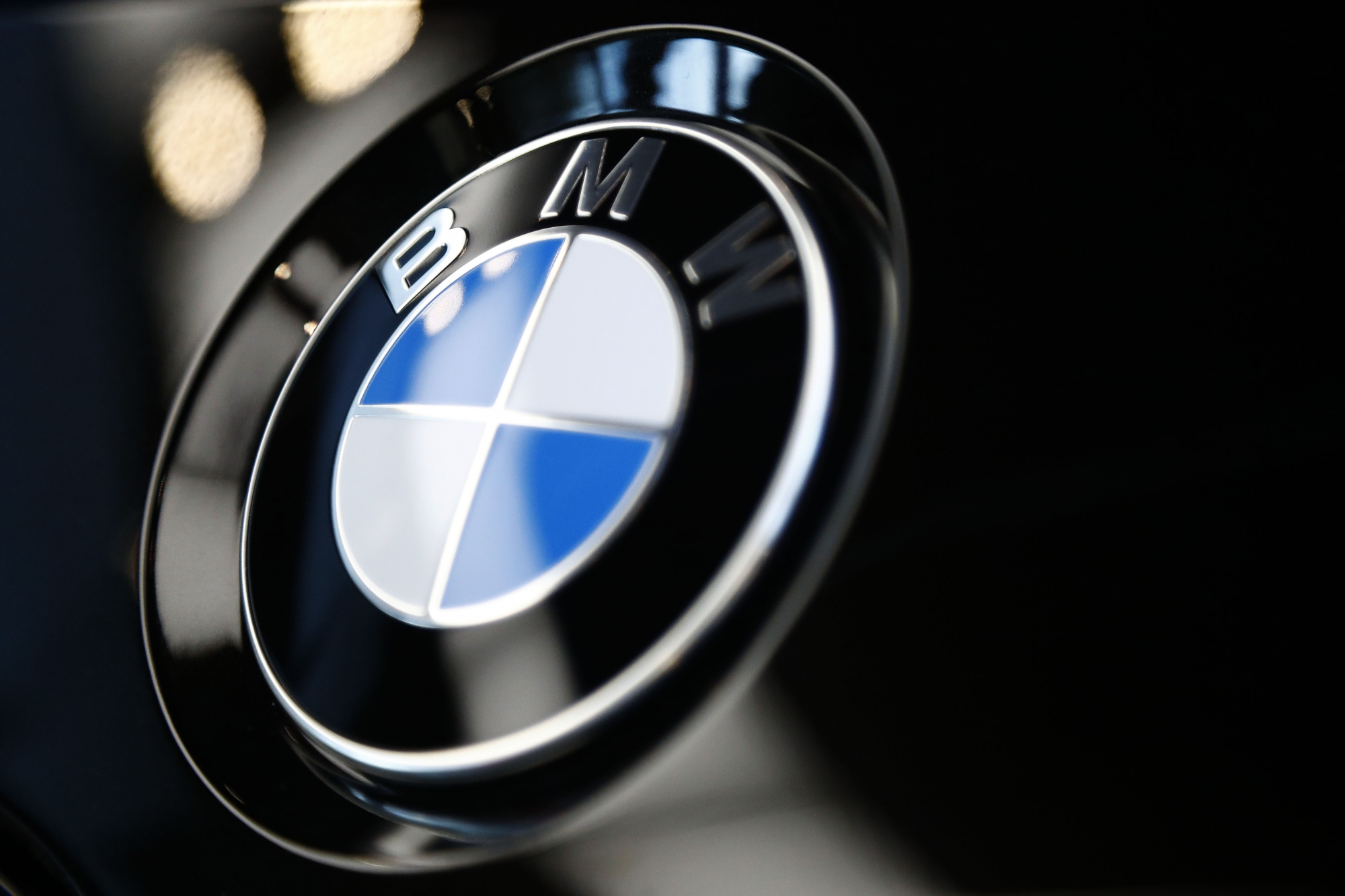 BMW adds nearly 185,000 vehicles to recall over fire risk | WTOP