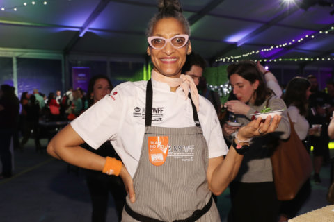 Carla Hall cooks up history of soul food at free Smithsonian event