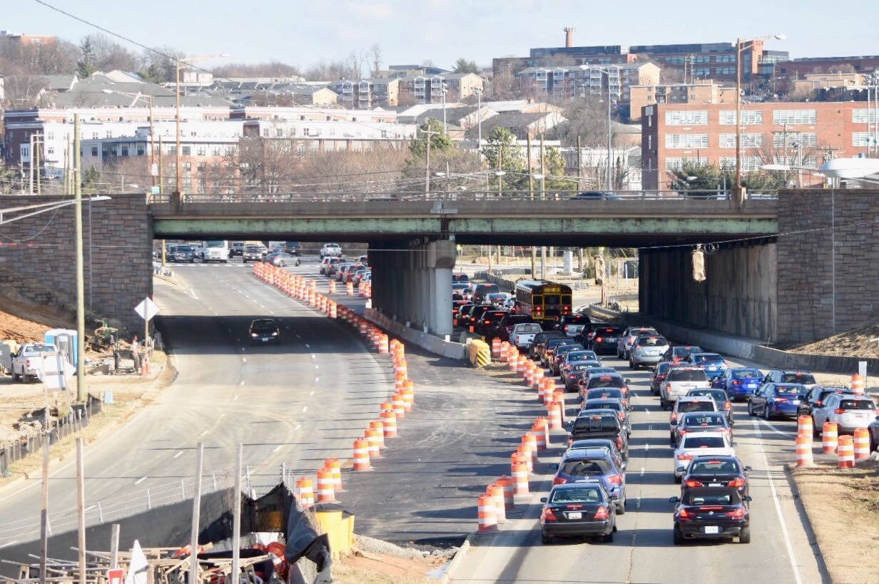Drivers who use the Suitland Parkway or I-295 to navigate through the district should get ready for a new traffic pattern. (WTOP/Dave Dildine)