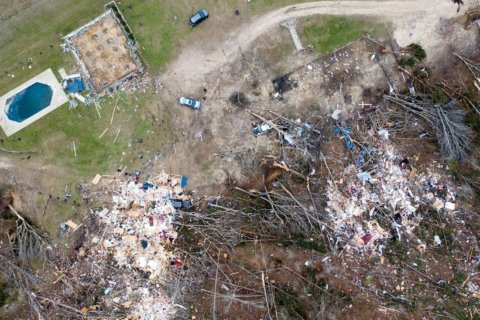 'We lost children, mothers, fathers, neighbors and friends,' Alabama's governor says after tornadoes