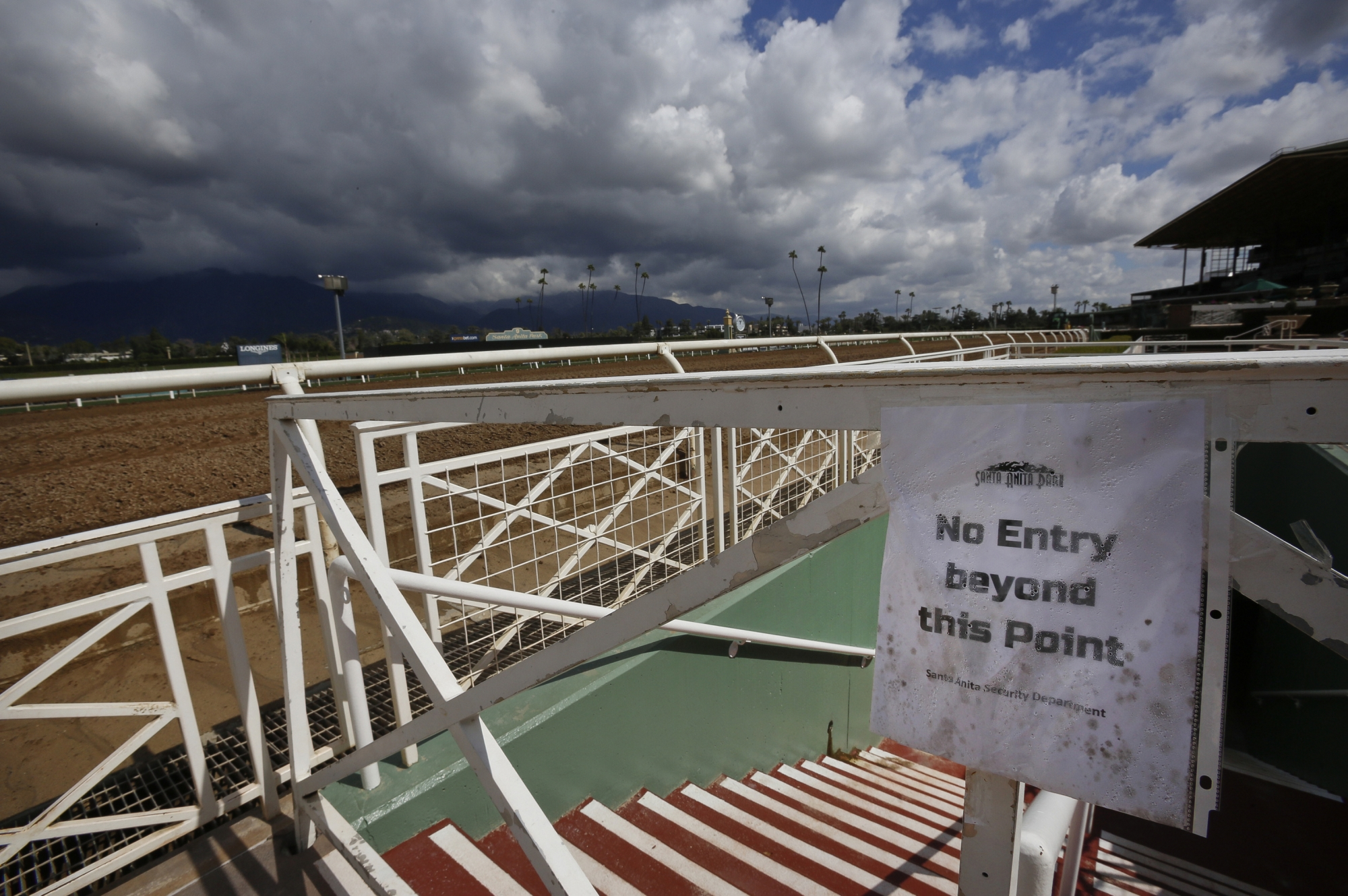 Santa Anita S Dirt Track To Reopen For Limited Training Wtop