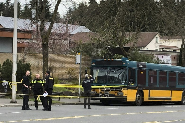 The Latest 2 Killed 2 Hurt In Seattle Shooting Carjacking Wtop