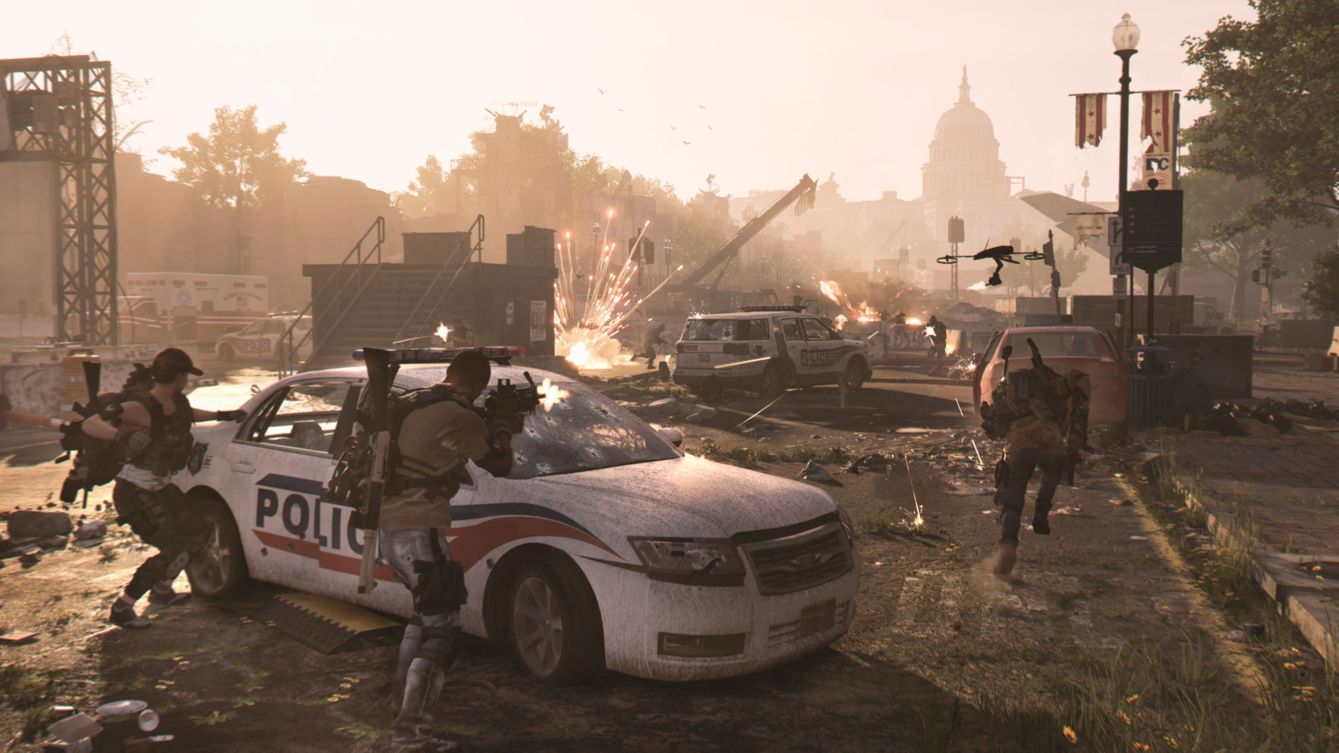 Agents battle in Tom Clancy's The Division 2. (Courtesy Ubisoft/Massive)