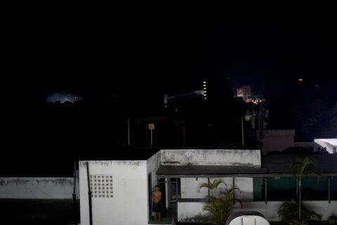 Weary Venezuelans adapt to more nationwide power cuts