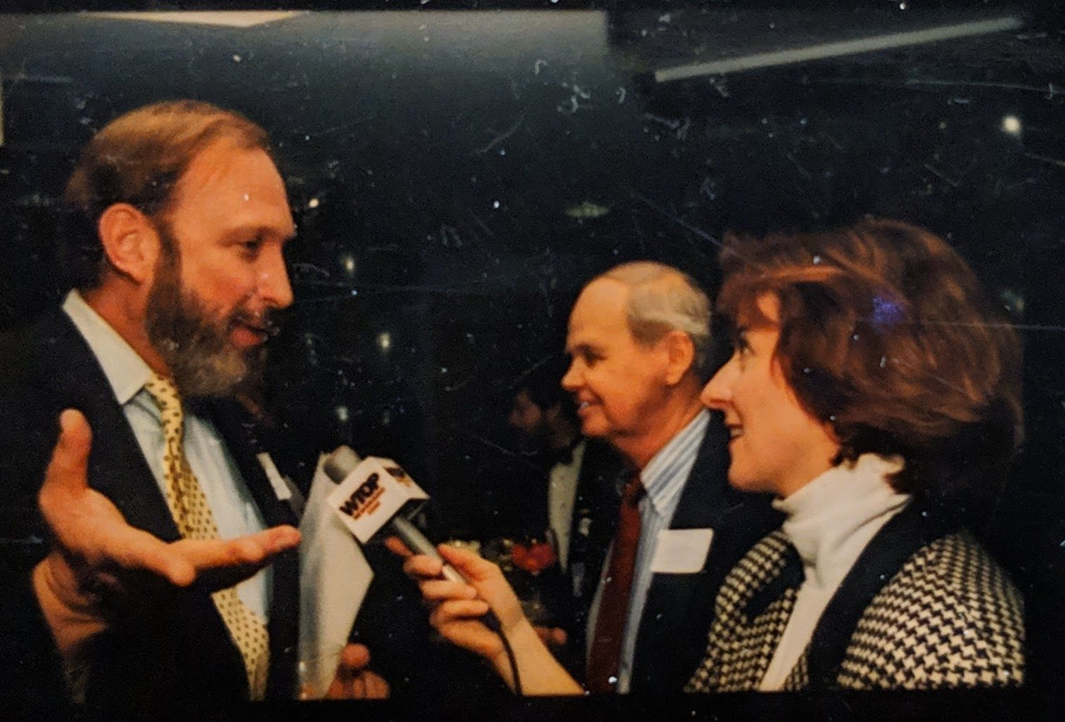 Bohannon chats with Kate Ryan during a 1994 event. (File photo)