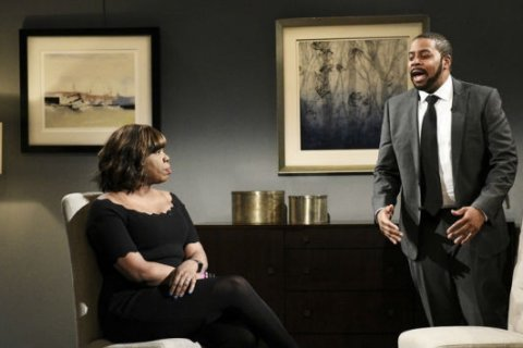 Kenan Thompson channels R. Kelly's unhinged interview with Gayle King on 'SNL'