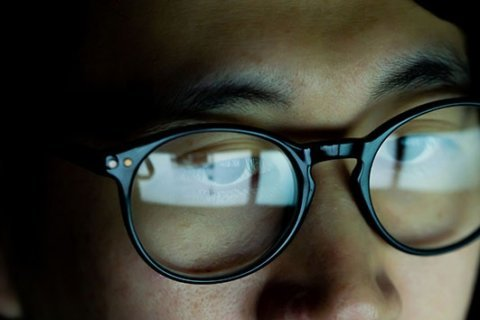 Blue-light-blocking glasses are gaining in popularity: Here's what to know