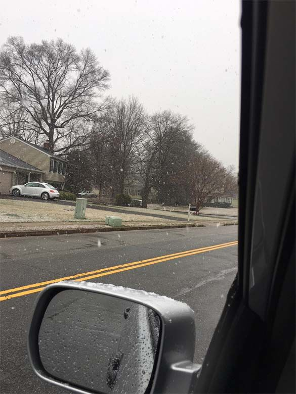 A WTOP listener sent in this photo at around 3 p.m. (Courtesy Mark Polansky)