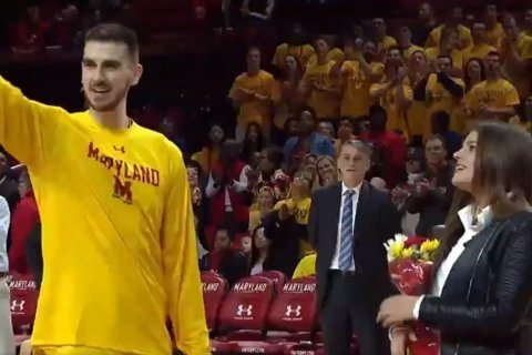 WATCH: Maryland Terp pops the question on the court
