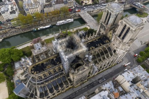 Police official: Short-circuit likely caused Notre Dame fire