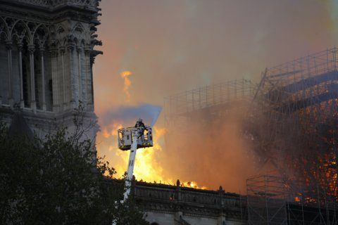 DC Archdiocese, locals react with horror to Notre Dame Cathedral fire