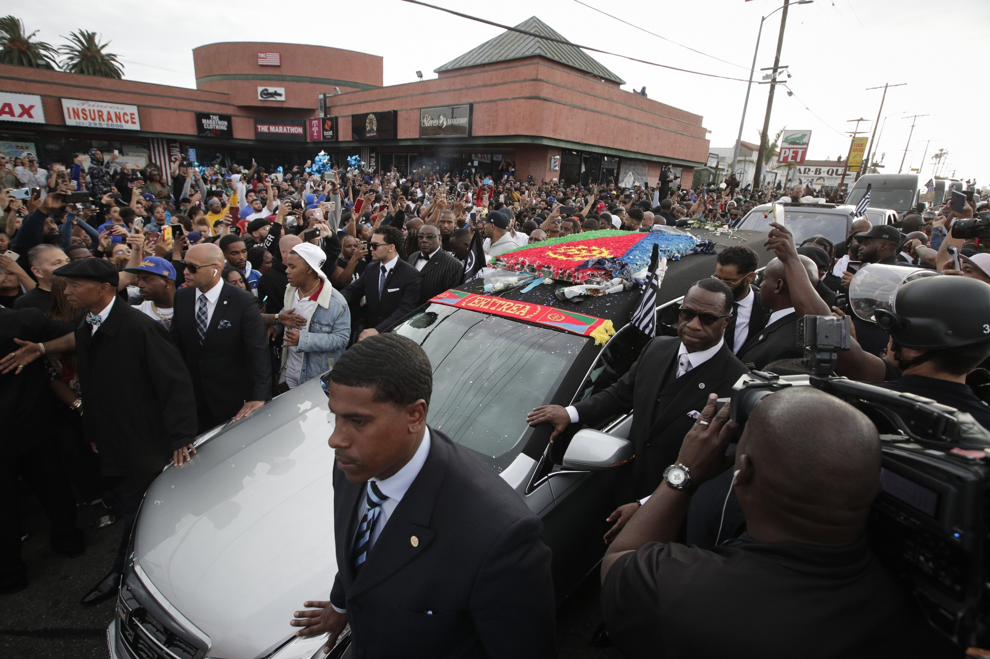 20 Nipsey Hussle Wallpapers Hd Free Download: Nipsey Hussle's Family Gathers For Private Funeral In LA