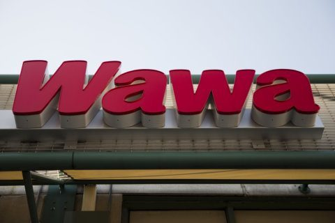 Wawa approaching Northern Virginia Beltway with Vienna store