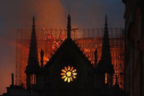 PHOTOS: Notre Dame Cathedral fire